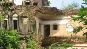 স্বাধীনতাযুদ্ধের সাথে জড়িত দিনাজপুরের 'ঘুঘুডাঙ্গা জমিদারবাড়ি' ধ্বংসের মুখে